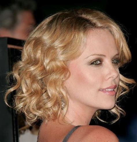 celebrity hairstyles curls celebrities with short curly hair styles http www