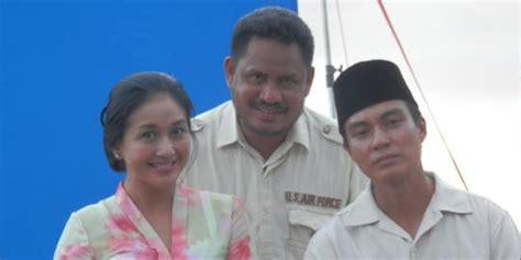 film layar lebar soekarno pakai sarung asli paramitha rusady perankan tokoh bu