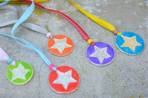 Handmade Medals - who deserves a medal in your meri cherry