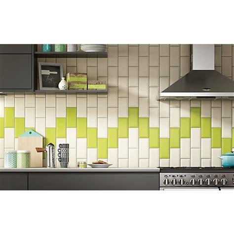 Wickes Metro Cream Ceramic Tile 200 x 100mm   Wickes.co.uk