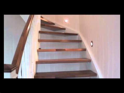 Treppe Geölt Oder Lackiert eingestemmte treppe in wei 223 lackiert mit nu 223 baumstufen