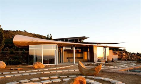 2500 Square Foot House Upcycling A Boeing 747 Wing House By David Hertz