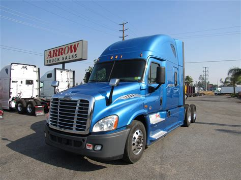 used volvo semi 100 used volvo semi trucks for sale by owner i 294