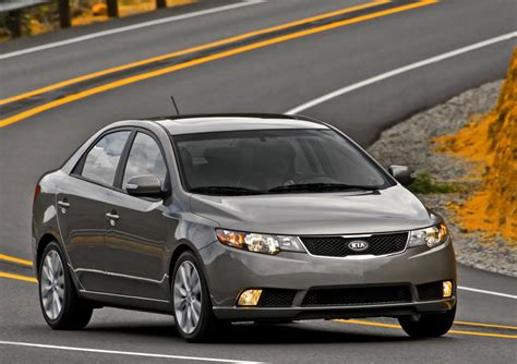 2011 kia forte prices reviews and pictures u s news world report 2011 kia forte price mpg review specs pictures