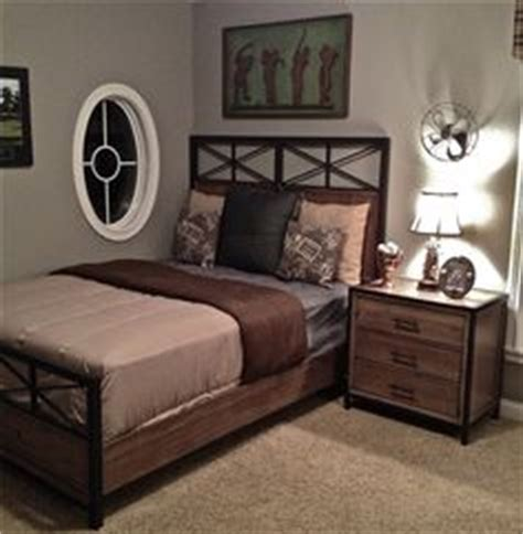 golf bedroom ideas 1000 images about home bedroom older teen young adult
