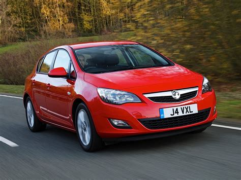 opel astra wagon vauxhall astra hatchback specs 2009 2010 2011 2012