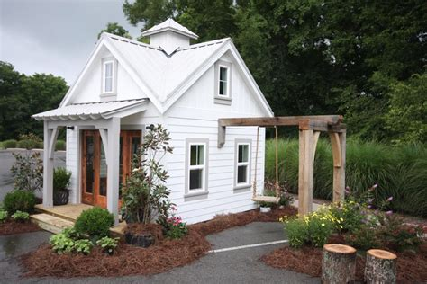 Small Home Builders Tennessee Tiny Schoolhouse Tiny House Swoon