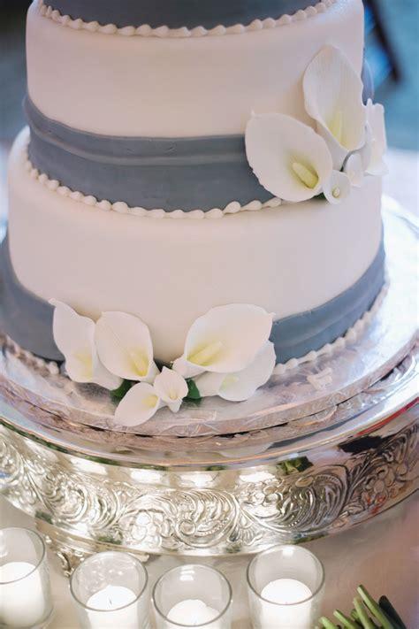 Fondant Wedding Cake by Blue And White Fondant Wedding Cake Elizabeth
