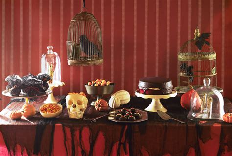 eerie decorations get your ghoul on with these d 233 cor ideas