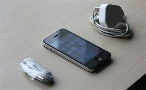 Hp Iphone 4 Yang Bekas mm market iphone 4 32 gb bekas dijual dengan harga murah