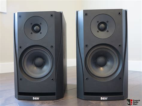 b w dm302 bookshelf speakers photo 790608 canuck audio mart