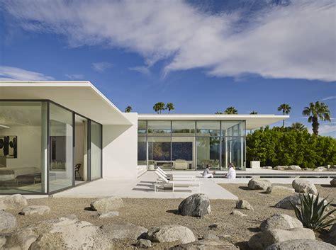 palm springs home design expo contemporary retreat embraces the desert builder