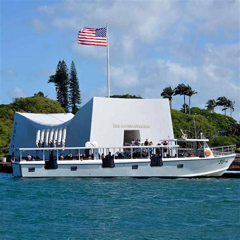 boat from maui to honolulu maui to pearl harbor memorial tour visit pearl harbor