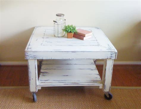 industrial chic coffee table savinggracecreations