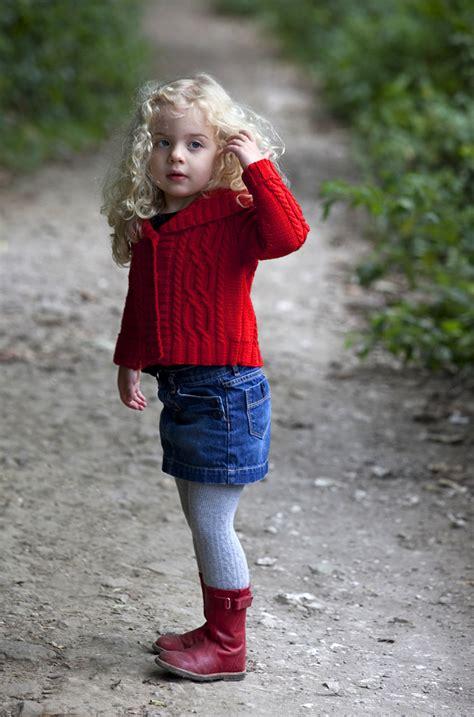 pose child model child model shot for gmc knitting magazine pete jones
