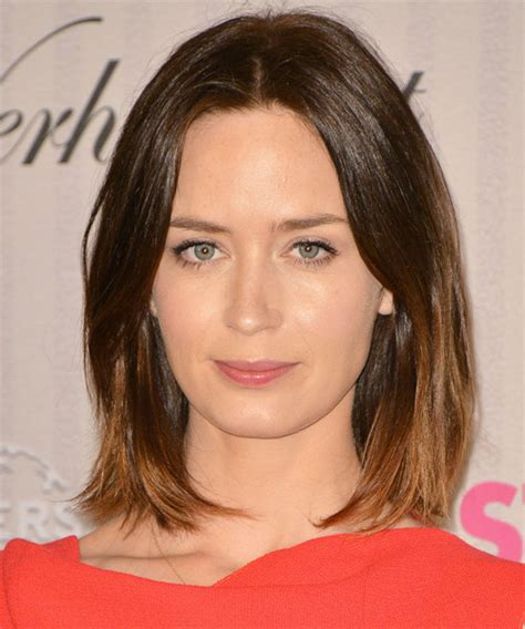 Emily Blunt Hairstyles by Blunt Medium Haircuts Hairs Picture Gallery