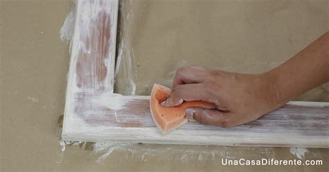 pintar madera  efecto blanco envejecido bricolaje