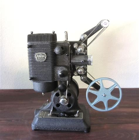 Projector Second vintage 1940s ro precision 8mm projector with