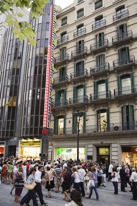 barcelona i o ba28 barbells the best shopping areas in barcelona hotel arc la rambla