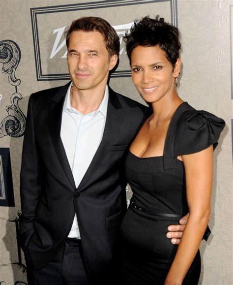 Halle Upset With Mag For Dredging Up Story by Halle Berry Olivier Martinez Divorce Not Quot Quot Still Split