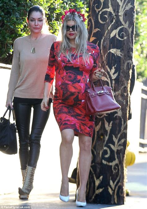 Fergie Rocks The Birkin Purse by Fergie Looks Blooming Marvellous As She Celebrates Third