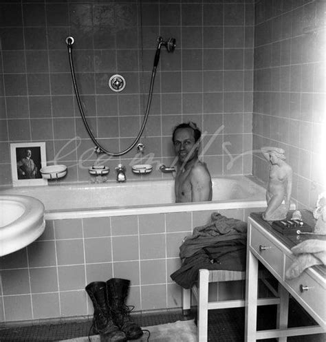 lee miller bathtub david e scherman in hitler s bath leemiller 496