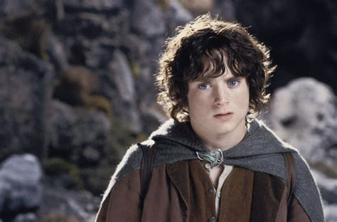elijah wood lord of the rings multicultural middle earth constructing home and the
