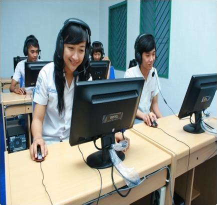 Headset Untuk Lab Bahasa berbagi headset earphone amankah pena2rahmita