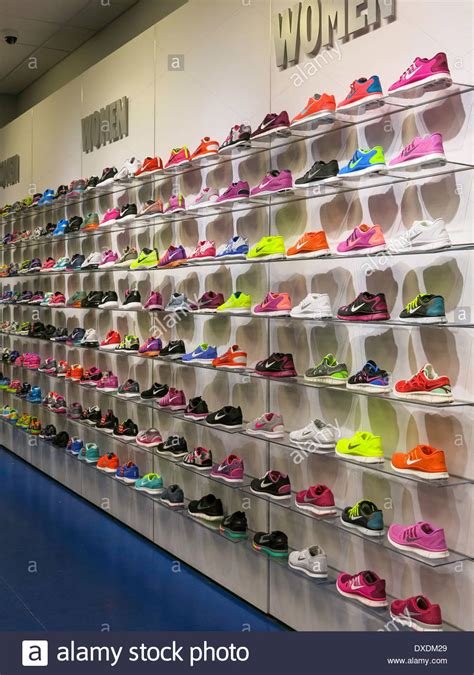 wall running shoes foot locker running shoes shoes for yourstyles