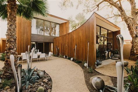 1980s house 1980s contemporary home undergoes restoration for