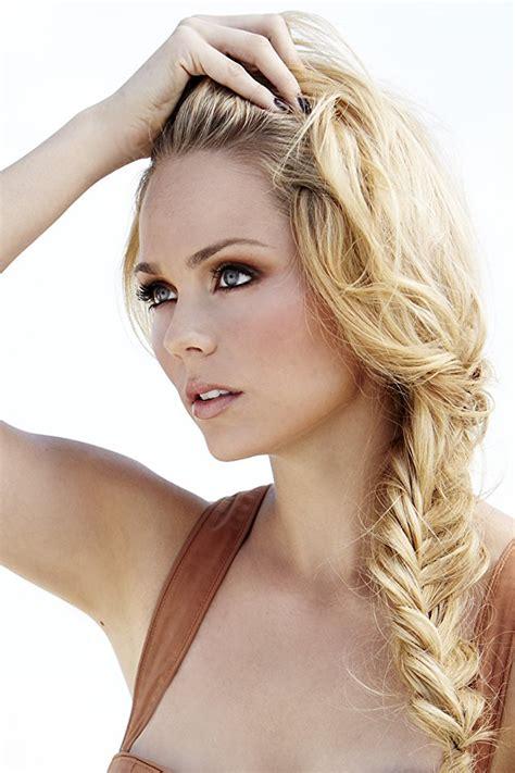 the 15 most beautiful blonde actresses pictures photos of laura vandervoort imdb