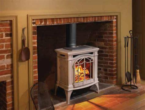 Putting Wood Stove In Fireplace by Qual 232 Il Rivestimento Migliore Per La Vostra Stufa