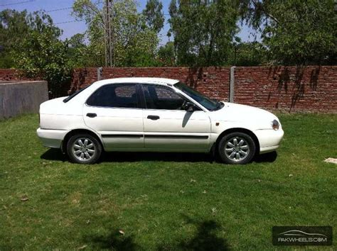 Suzuki Baleno 2005 Used Suzuki Baleno Jxr 2005 Car For Sale In Lahore