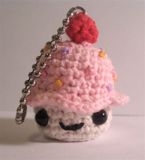 amigurumi pattern keychain nerdigurumi free amigurumi crochet patterns with love