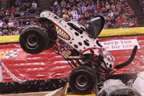 monster truck show cincinnati cincinnati ohio monster jam january 4 2009