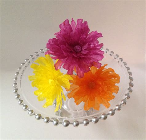 edible dahlia wafer paper flower for cakes