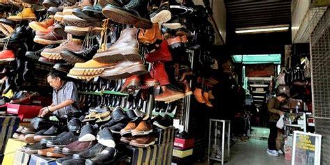 Sepatu All Di Pasar jual sepatu murah bukan murahan kompas