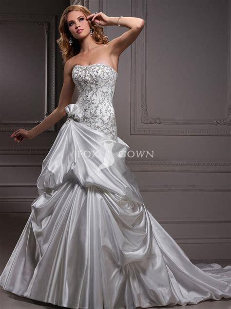 beaded bodice wedding dress scoop neckline wedding dress with beaded bodice sang maestro