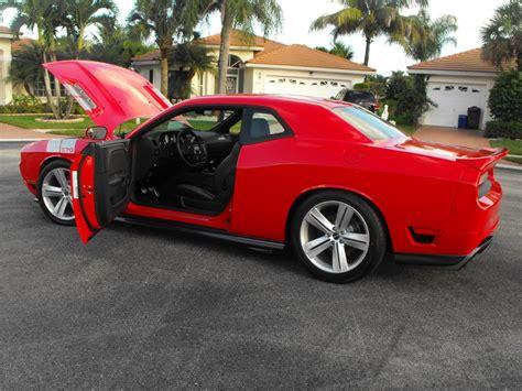 custom 2010 challenger 2010 dodge challenger r t custom 2 door coupe 171006