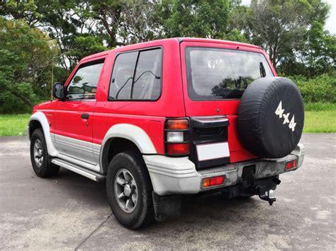mitsubishi pajero 3 door auto
