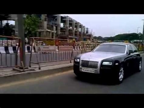 actor vijay number actor vijay spotted in his rolls royce car youtube