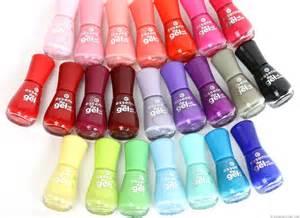 Essence the gel nail polish details und swatches innenaussen