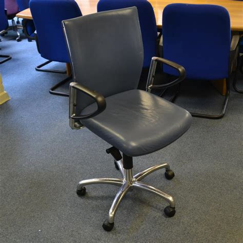 Blue Leather Swivel Chair by Klober Blue Leather Swivel Chair