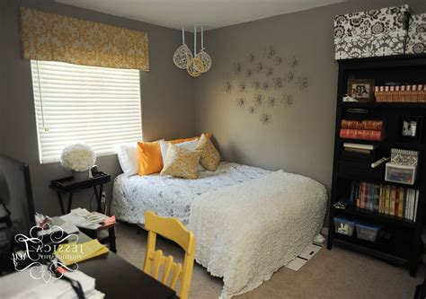 bedroom decor with grey walls gray and yellow bedroom theme decorating tips in gray and