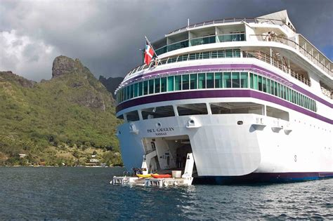 worlds  luxurious cruise ships