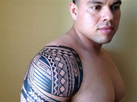 27 stunning polynesian tattoo to look out for