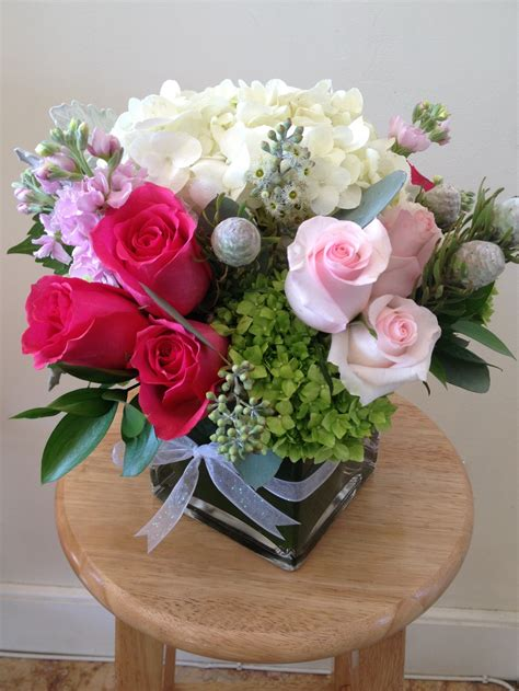 vase arrangements large bloomsbury park flowers the