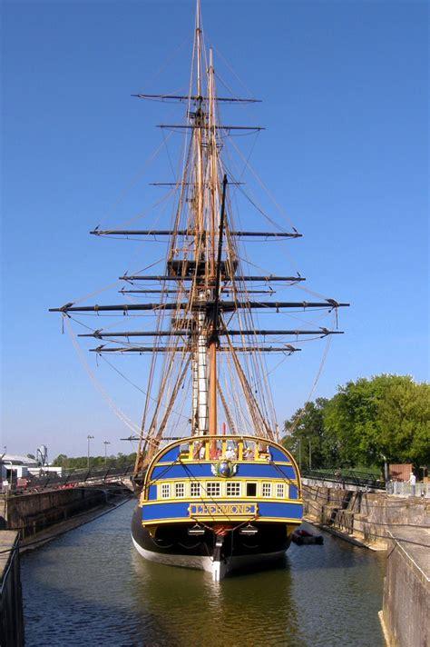hermione bateau francais l hermione reconstruction actuelle d un navire de