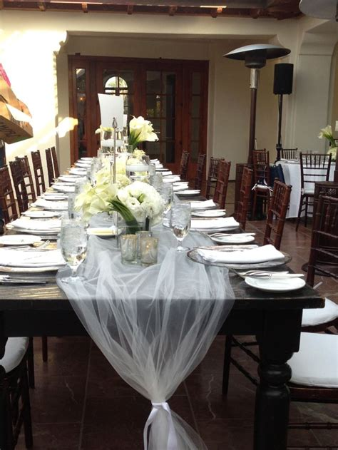 bridal shower round table decoration ideas best 25 tulle table runner ideas on pinterest head