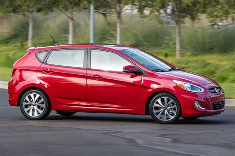2015 hyundai accent msrp used 2015 hyundai accent hatchback pricing for sale